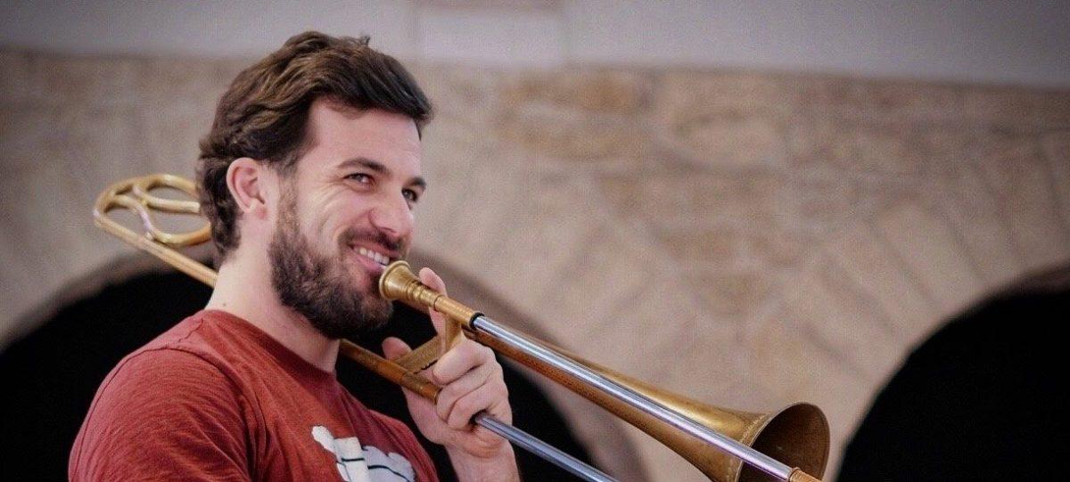 Changement – professeur de trombone